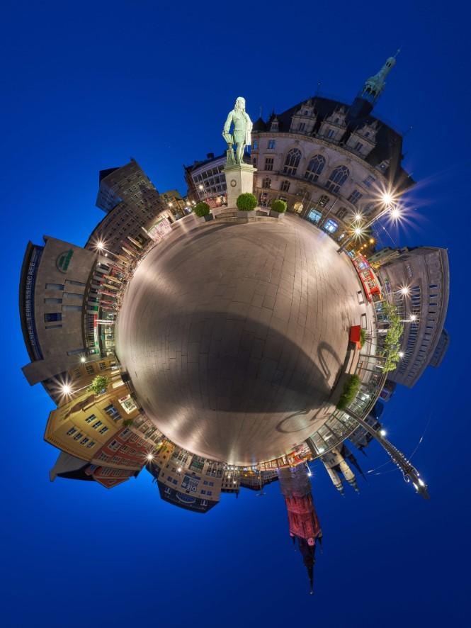 Marktplatz Halle Saale in 360° Händel Denkmal